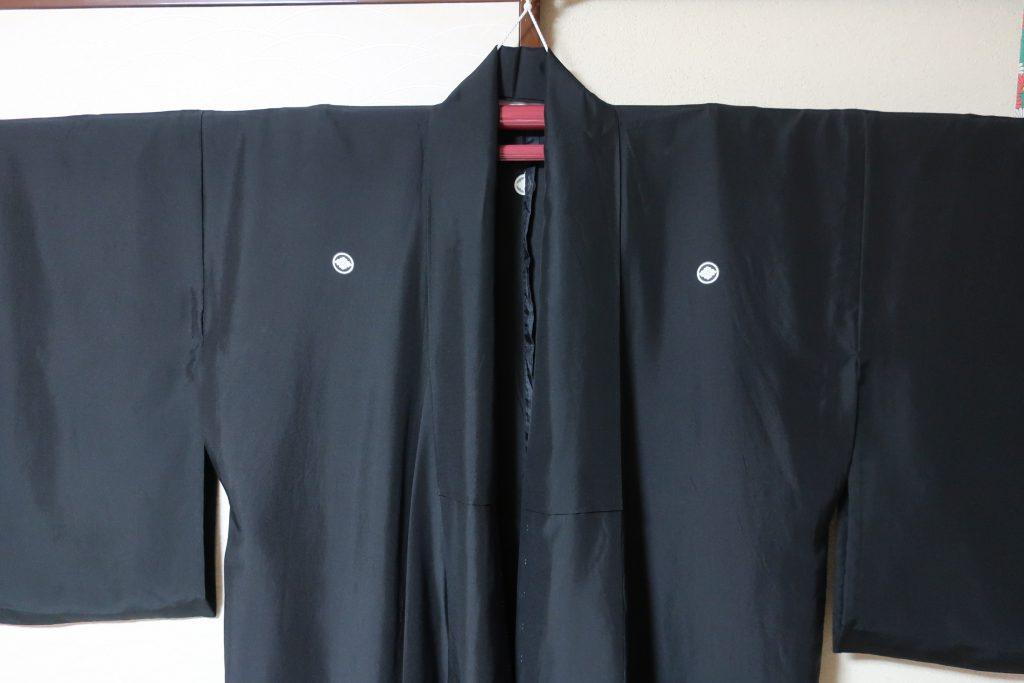 黒紋付の袖つけ縫い直ししました